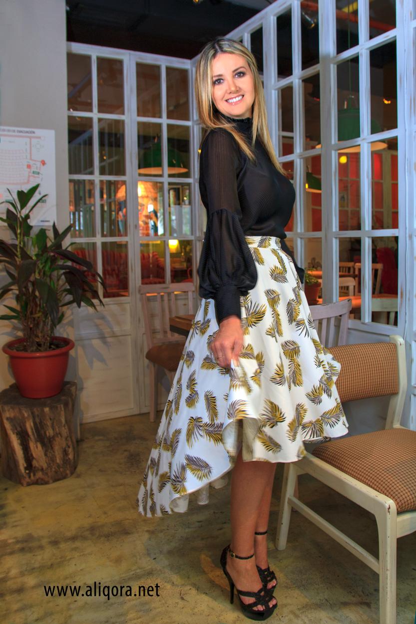 1a2475ca2 Conjunto blusa manga globo y falda cola de pato - aliqora moda